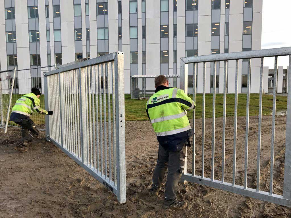 Opsætning af hegn, afspærringshegn og mobilhegn. Danmarks måske billigste priser
