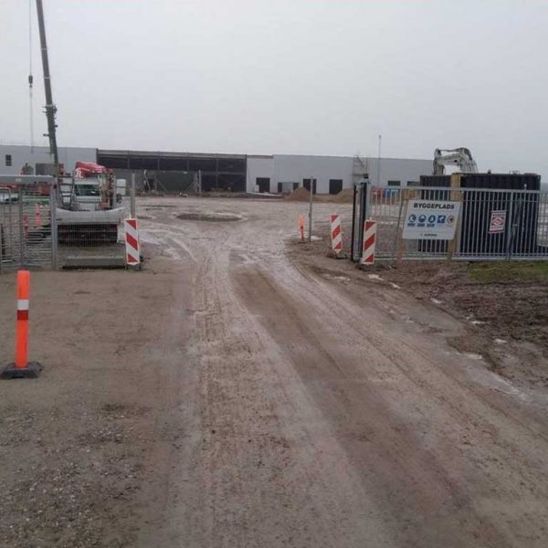Skydeport til sikkerhedshegn og byggepladshegn. Danmarks måske billigste priser